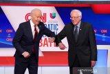Senator Bernie Sanders mundur dari pencalonan Presiden AS