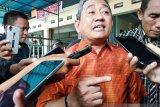 Gubernur Sulawesi Barat izinkan ASN bekerja di rumah cegah COVID-19