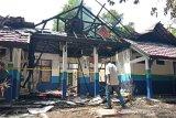 Terbakarnya laboratorium THH UPR diduga akibat korsleting listrik