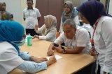 Karyawan Semen Padang diberi vaksin influenza