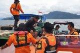 Basarnas Kendari evakuasi kapal  kecelakaan di perairan Pulau Hari