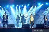 Sisa rangkaian tur 'Bintang Lima' Dewa 19 ditunda