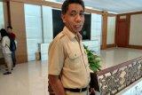 Disnakertrans Sultra benarkan WNA di Bandara HO usai perpanjang izin kerja