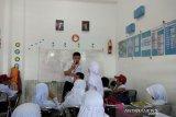 Sebagian sekolah di Makassar masih beraktivitas karena SE telat diterima