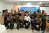BNNP Sulawesi Tenggara ajak Babinsa-Babinkamtibmas bersinergi perangi narkoba