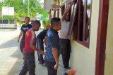 Polres Supiori tingkatkan kebersihan kantor antisipasi Corona