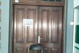 Cegah COVID-19, kantor Wali Kota Mataram memberlakukan sistem satu pintu