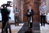 Telekonferensi dengan negara ICG, Menlu Retno usulkan kerja sama penuhi pasokan medis