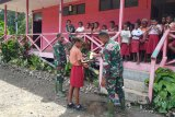Satgas TMMD sosialisasikan wawasan kebangsaan siswa SD Inpres Kibay