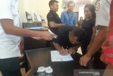 BNN Sultra tes urine puluhan karyawan Bank Artha Graha International Kendari