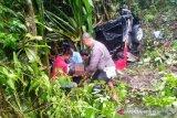 Mobil Toyota Rush masuk jurang di Lubuk Selasih, akibatkan satu korban meninggal
