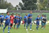Pemain Persib Bandung jalani latihan asah kemampuan situasi bola mati