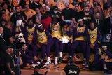 Lindungi karyawan tingkat bawah, Lakers minta kerelaan eksekutifnya potong gaji selama pandemi corona