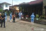 Dinkes Riau isolasi enam anggota keluarga dari pasien positif COVID-19