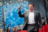 Kolaborasi Arnold Schwarzenegger dan TikTok untuk donasi hadapi corona