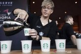 Polisi amankan mantan pegawai Starbucks intip tubuh bagian sensitif pengunjung wanita