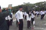 Antisipasi penyebaran Covid-19, KPU Dharmasraya lantik 156 PPS  di tempat terbuka