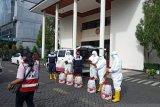 Pemkot Manado disinfektan fasilitas umum dan perkantoran