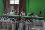 Pemkot Kendari menyediakan layanan gratis penyemprotan disinfektan