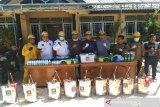 Tangani COVID-19, FPKS DPRD Kendari sumbang Rp100 juta