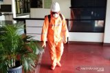 Antisipasi penularan virus Corona, BPBD Agam semprot 3.000 liter disinfektan