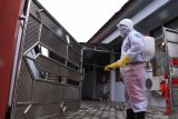 Anstisipasi corona, pemkot semprot disinfektan secara massal di 50 kawasan publik