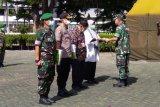Pangdam XIV/Hasanuddin serahkan APD untuk 14 RS rujukan penanganan COVID-19