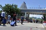 Polisi tangkap empat pelintas batas ilegal dari Timor Leste