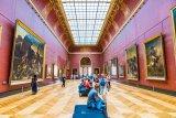 Meski #dirumahaja, anda bisa jelajahi museum terkenal