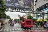 Kota Baturaja disemprot disinfektan