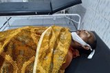 Pasang atap seng, 2 warga Dompu tersengat listrik salah seorang meninggal