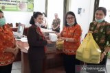 PWKI Gumas salurkan bantuan ke Posko Siaga Tanggap Darurat COVID-19
