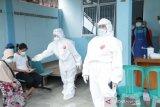 Satu kasus terindikasi COVID-19 dideteksi dalam pemeriksaan massal di Bogor