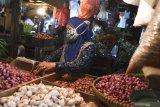 Harga bawang  merah di Tulang Bawang capai Rp 40 ribu/kg