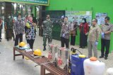 Wagub Lampung pimpin penyemprotan cairan disinfektan di sekolah