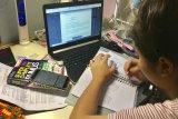 Pelajar Batam tetap  belajar di rumah hingga 13 April
