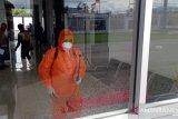 Pemkab Jayawijaya lakukan penyemprotan disinfektan di rumah ibadah