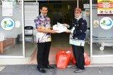 Dinas Pertanian Kapuas bantu APD untuk rumah sakit