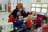Pemkab gandeng BLK Pangkep produksi 10.000 masker kain