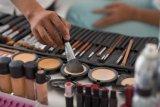Cara memilih foundation flawless yang tepat untuk kulit Anda