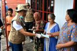 Pemkab Kapuas berikan masker kepada masyarakat