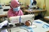 BLK Barito Kuala produksi 150 masker per hari untuk dibagikan secara gratis