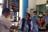 Demokrat Pekanbaru distribusikan 24 fasilitas pencuci tangan di tempat umum