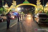 Pemkab Sampang dan Sumenep berusaha bertahan
