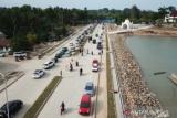 Pembangunan tahap dua jalan wisata Toronipa-Kendari selesai dilelang