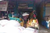 Bulog pasok gula pasir 200 ton untuk stabilkan harga di Sultra