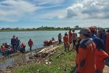 Pria lompat di Jembatan Barombong Kota Makassar ditemukan meninggal