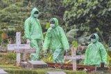 283 jenazah dimakamkan dengan protokol COVID-19, meski belum terbukti tertular