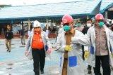 Gubernur dan Kapolda semprot disinfektan COVID-19