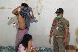 Satpol PP amankan tujuh pasangan tanpa surat nikah di Padang